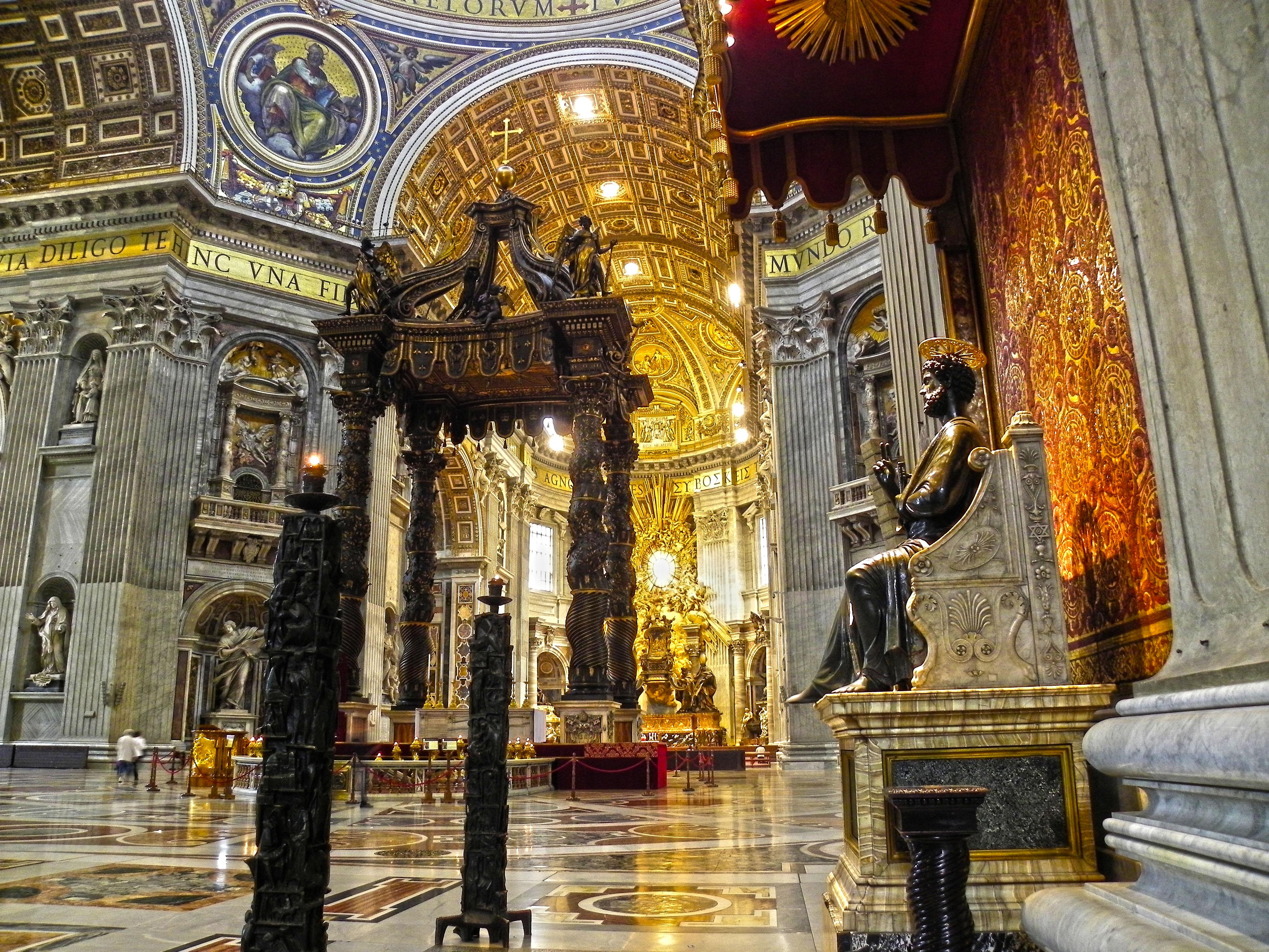 La basilica di san pietro michelangelo buonarroti tornato for Corso di arredatore d interni roma