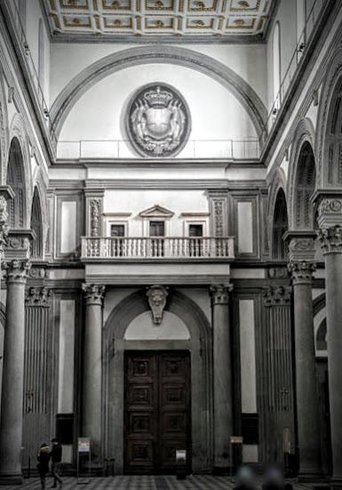 San_lorenzo,_tribuna_delle_reliquie_di_michelangelo,_02