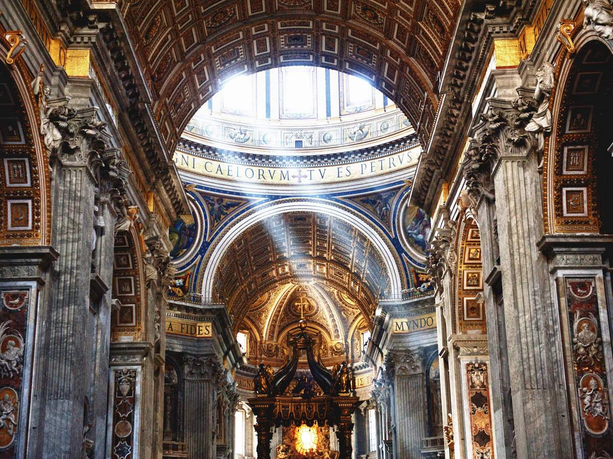 0327_0001_under-dome-st-peter-5