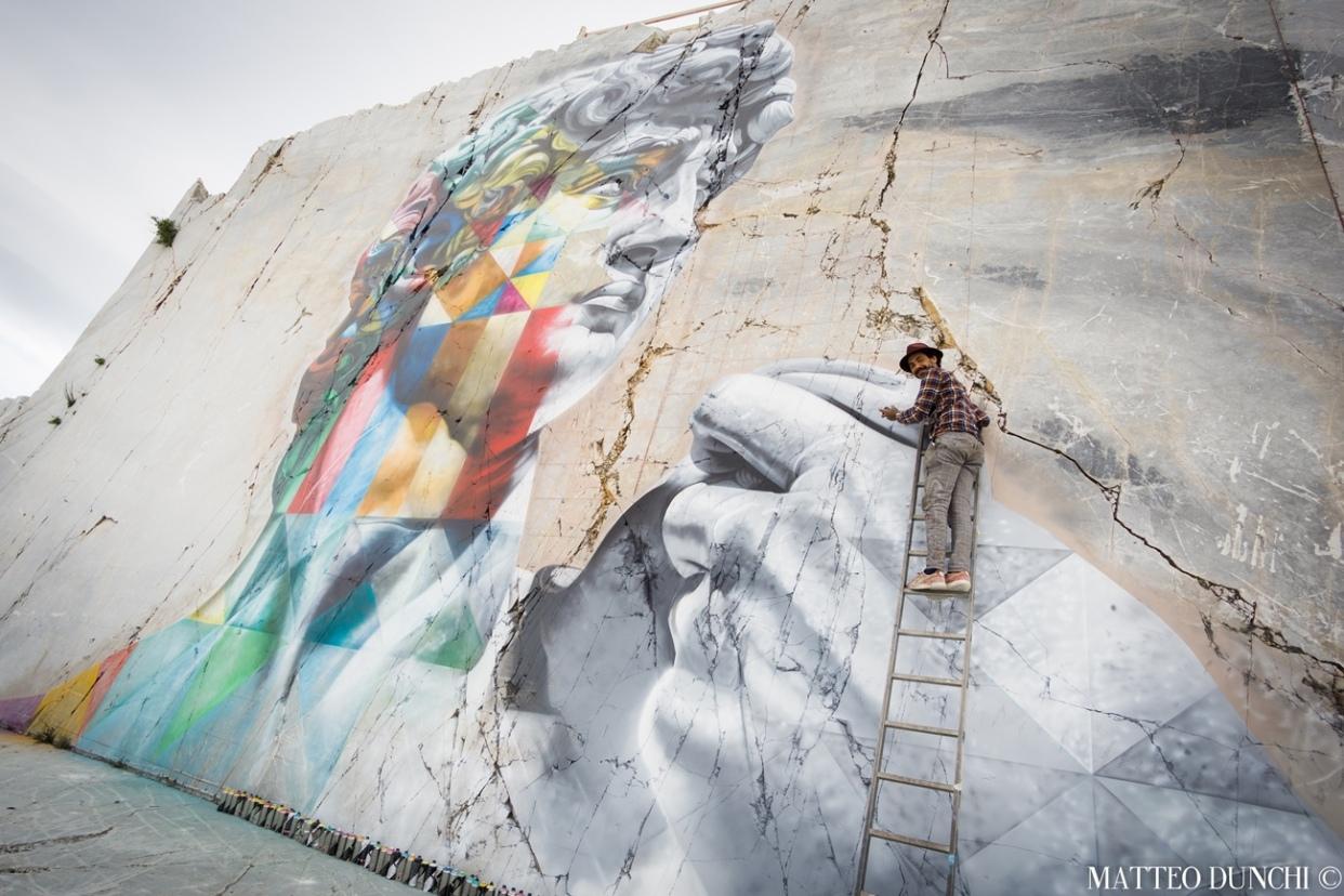 Kobra-il-murale-realizzato-in-una-cava-di-marmo-della-Alpi-Apuane-2017DSC04114.jpg