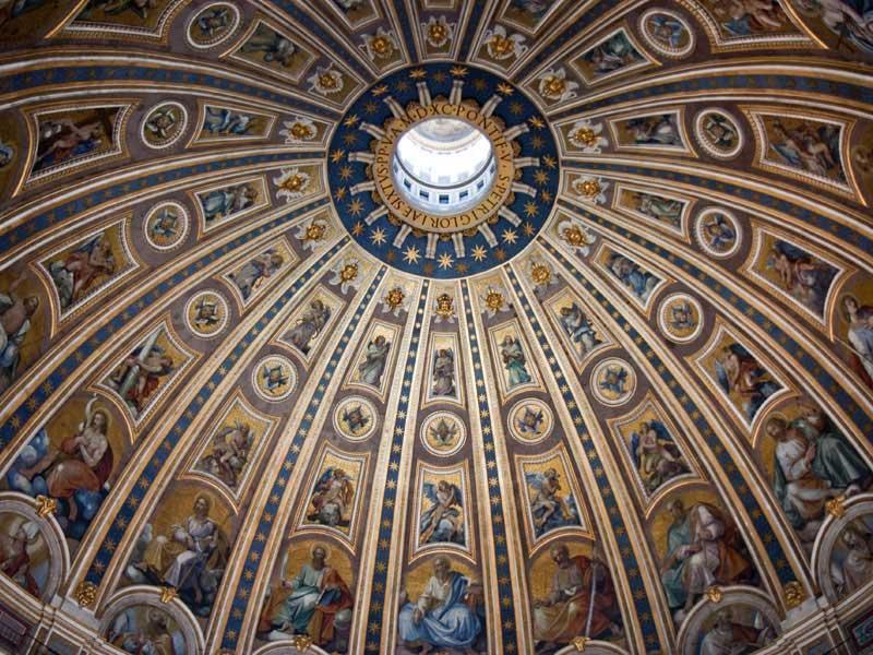 Roma---Basilica-di-San-Pietro---Il-mosaico-sulla-cupola.jpg